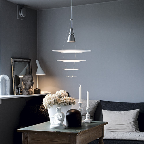 Lækker Enigma 425 - See our wonderful pendants at the Official Louis PP-03